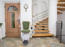 Dźwigowe krzesełko schodowe Alfa w nowej wersji wykonania wkrótce!