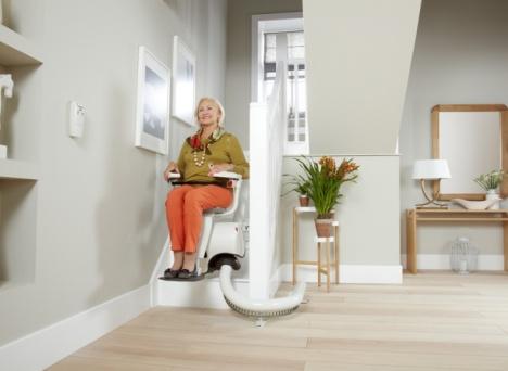 Schodowa winda dla seniorów Flow