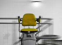 A może żółty? Windy schodowe Hawle umożliwiają dowolną personalizację w swoich fotelikach