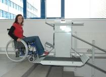 Platforma przyschodowa może być montowana praktycznie na każdym przejściu schodowym