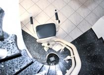 Możliwość montażu na schodach o nachyleniu do 75° to prawdziwy nokaut dla konkurencji
